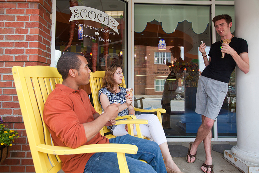 Oxford students enjoy ice cream in Covington